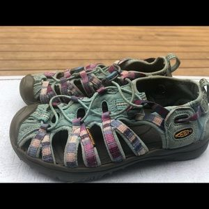 Keen Toddler Girl's Green Pink Hiking Sandal Size2
